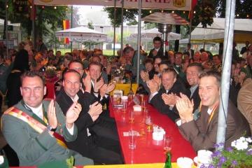 Schuetzenfest_2004_Montag_056