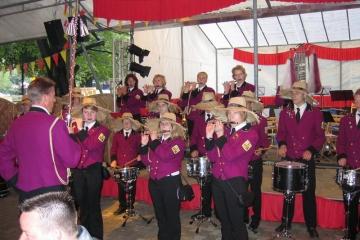 Schuetzenfest_2004_Montag_059
