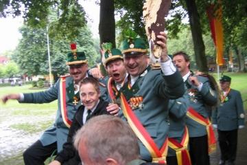 Schuetzenfest_2004_Montag_067