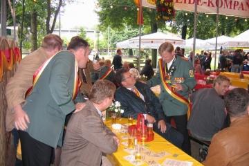 Schuetzenfest_2004_Montag_076