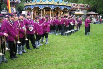 Schuetzenfest_2004_Montag_080