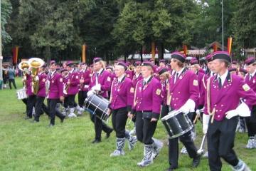 Schuetzenfest_2004_Montag_110