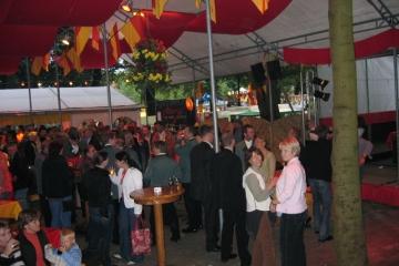 Schuetzenfest_2004_Montag_120