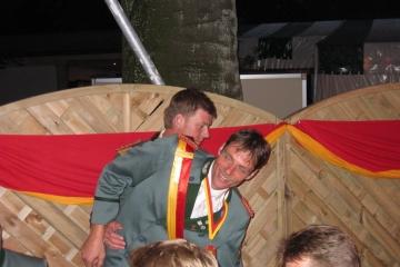 Schuetzenfest_2004_Montag_125