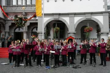 zapfenstreich_192